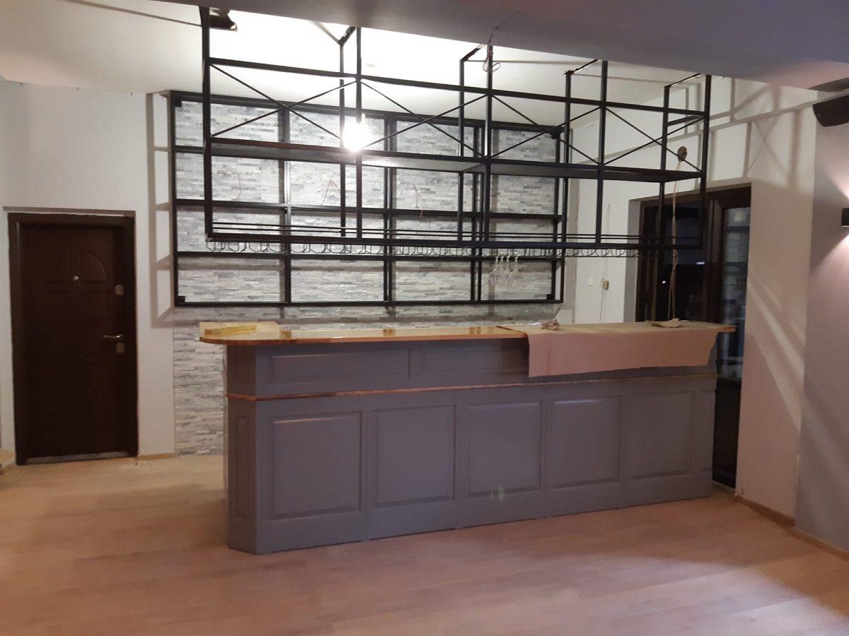 mobilier industrial pentru baruri