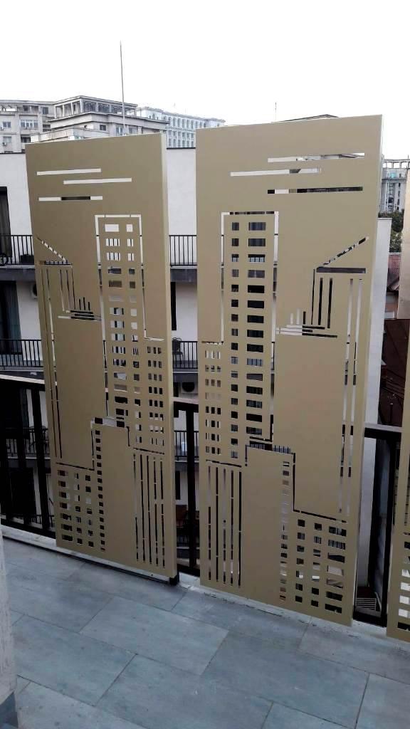 panouri decorative metalice pentru balcon