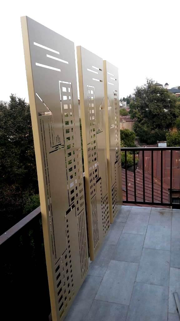 panouri pentru balcon din tabla decupata